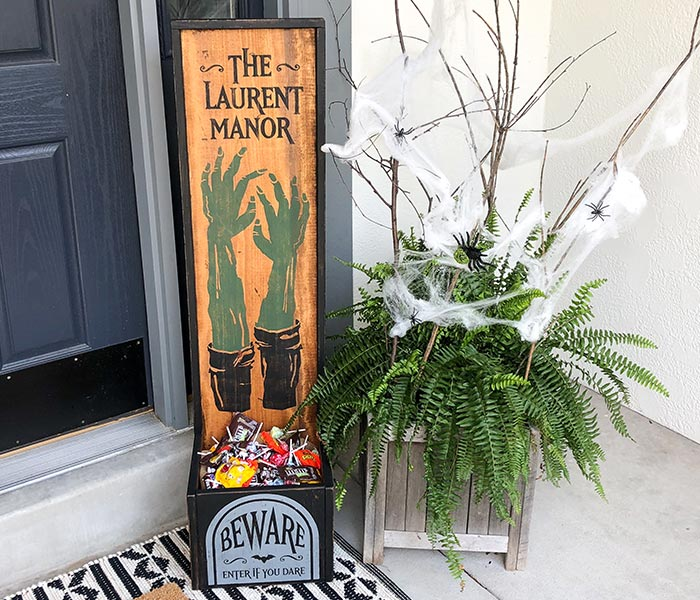 Zombie Porch Planter