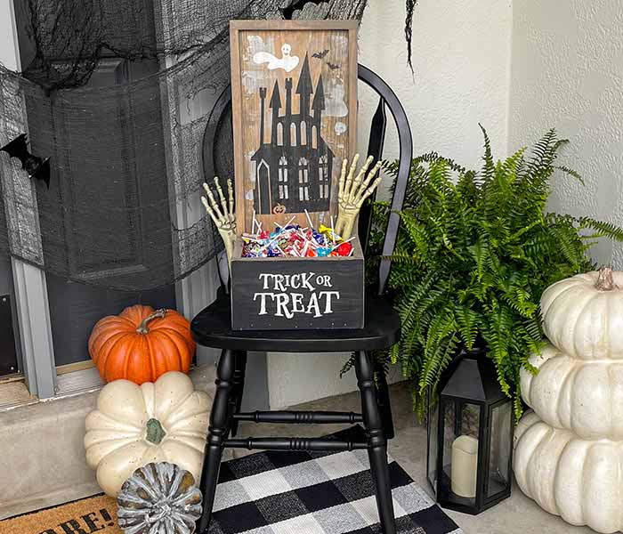 Haunted House Small Planter